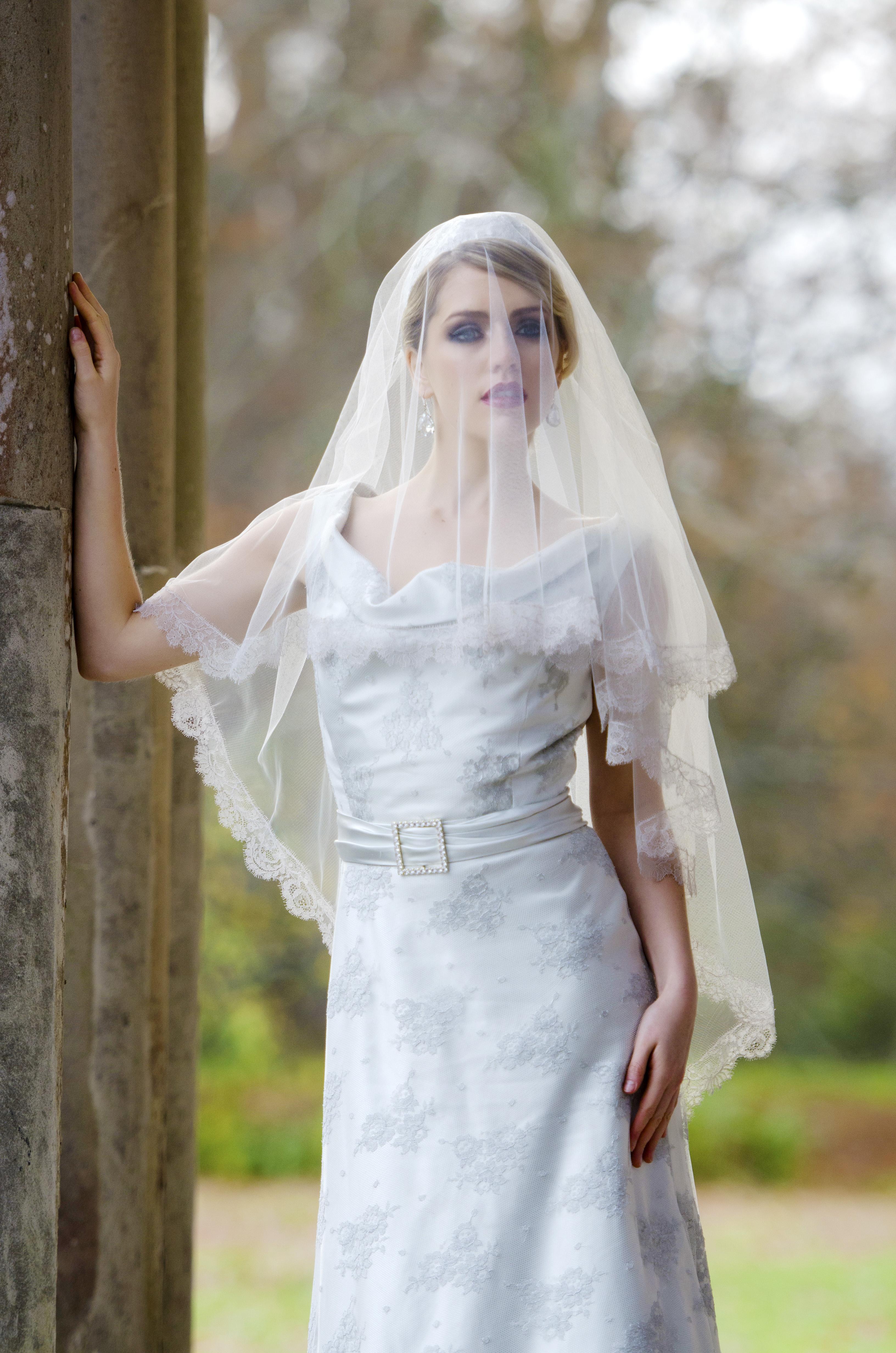 33e2a44e9a736 Juliet Cap Wedding Veil