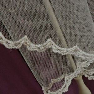 Ivory Wedding Veil, Liv