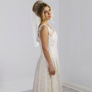 Stephanie Pearl Headband Veil