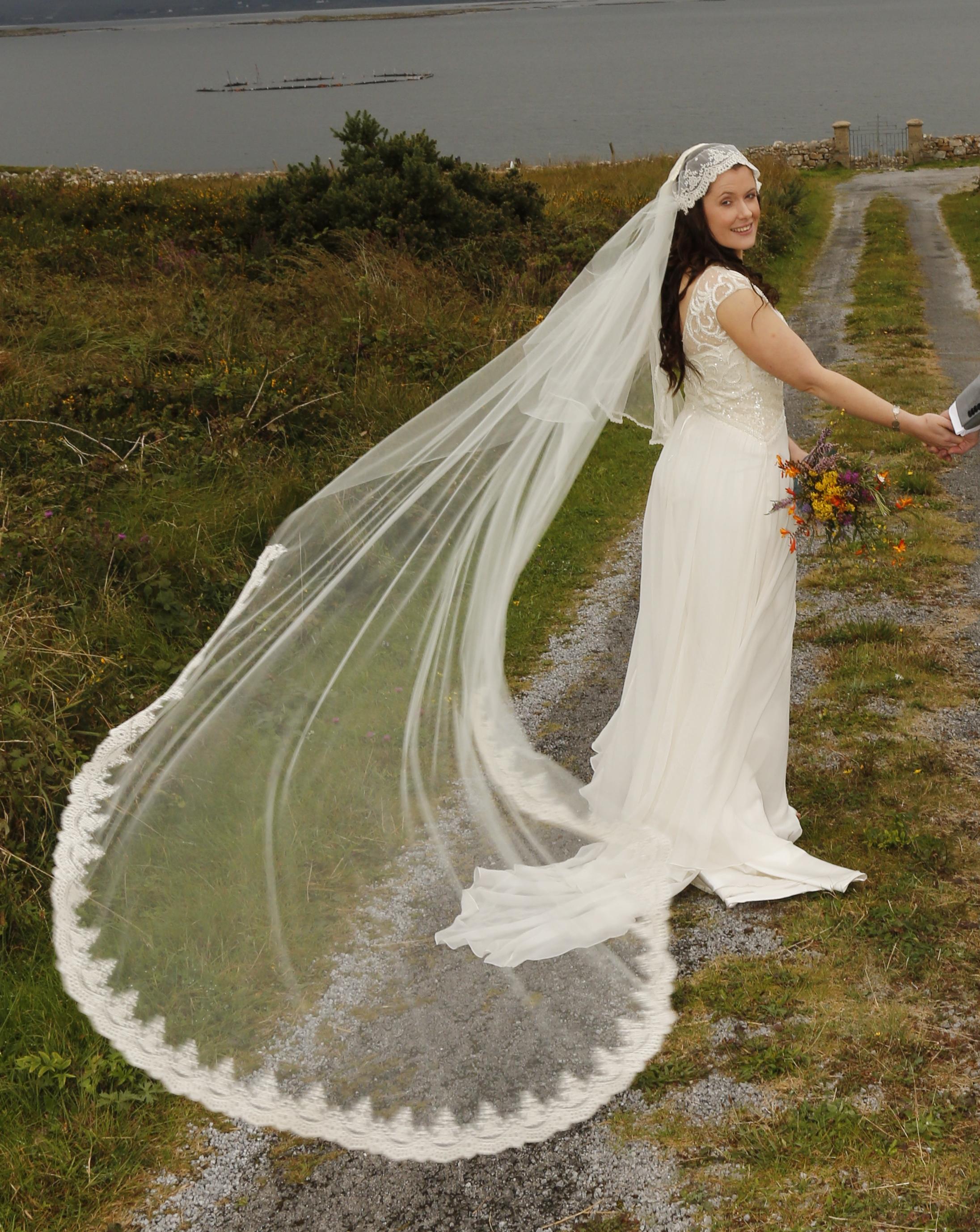 a49e647f9562 Visionary Veils Veil Real Bride Designs worthy of any Royal Princess