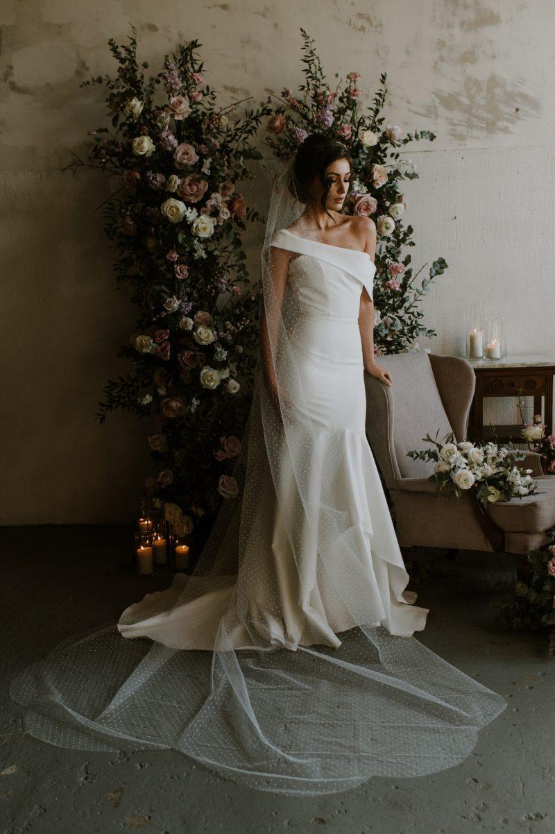 polka dot veil for wedding, full profile of the chapel length veil