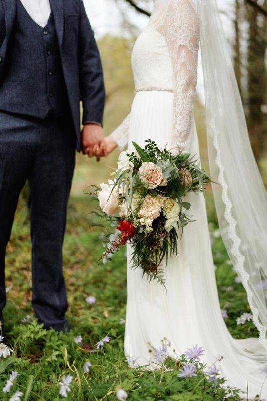 Real Bride Emma wear a lace wedding veil